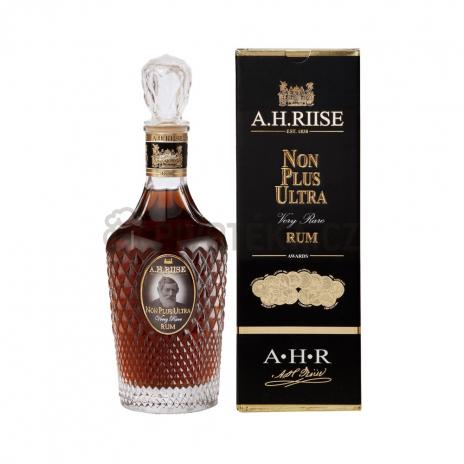 A.H. Riise Non Plus Ultra 0,7l . 42%